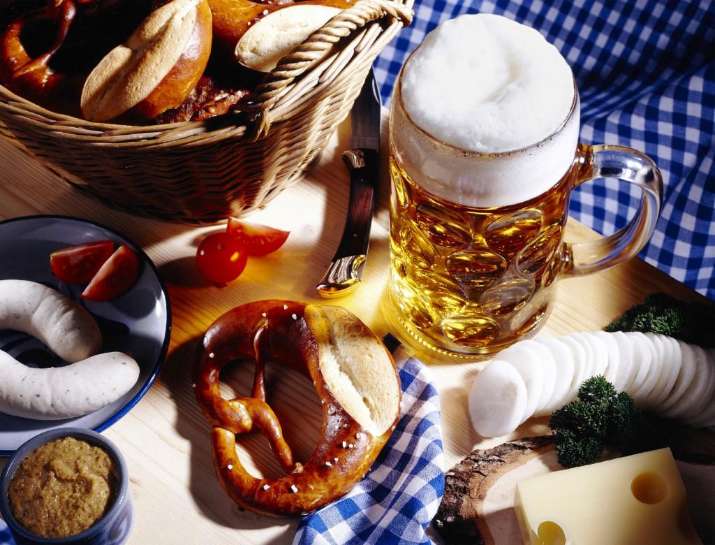 regina-german-club-beer-pretzel